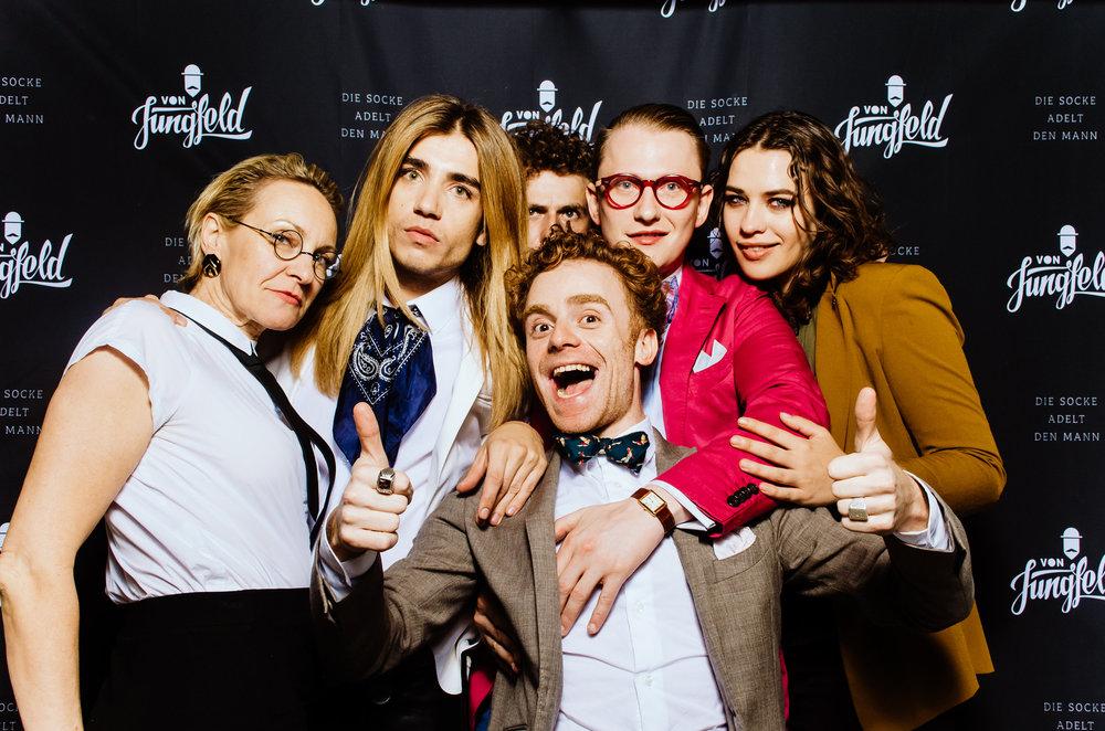 instamat von jungfeld party