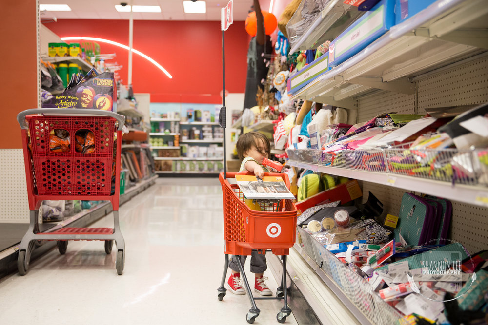 target-little-red-shopping-cart-shannon-lee-photography-long-island-New-York-1016.jpg
