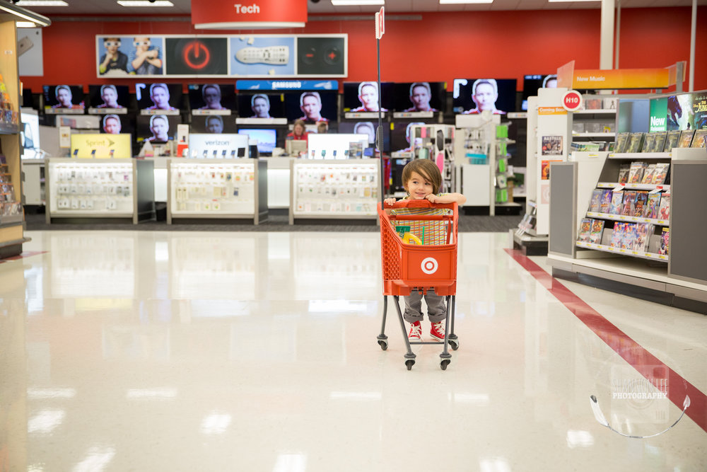 target-little-red-shopping-cart-shannon-lee-photography-long-island-New-York-1085.jpg