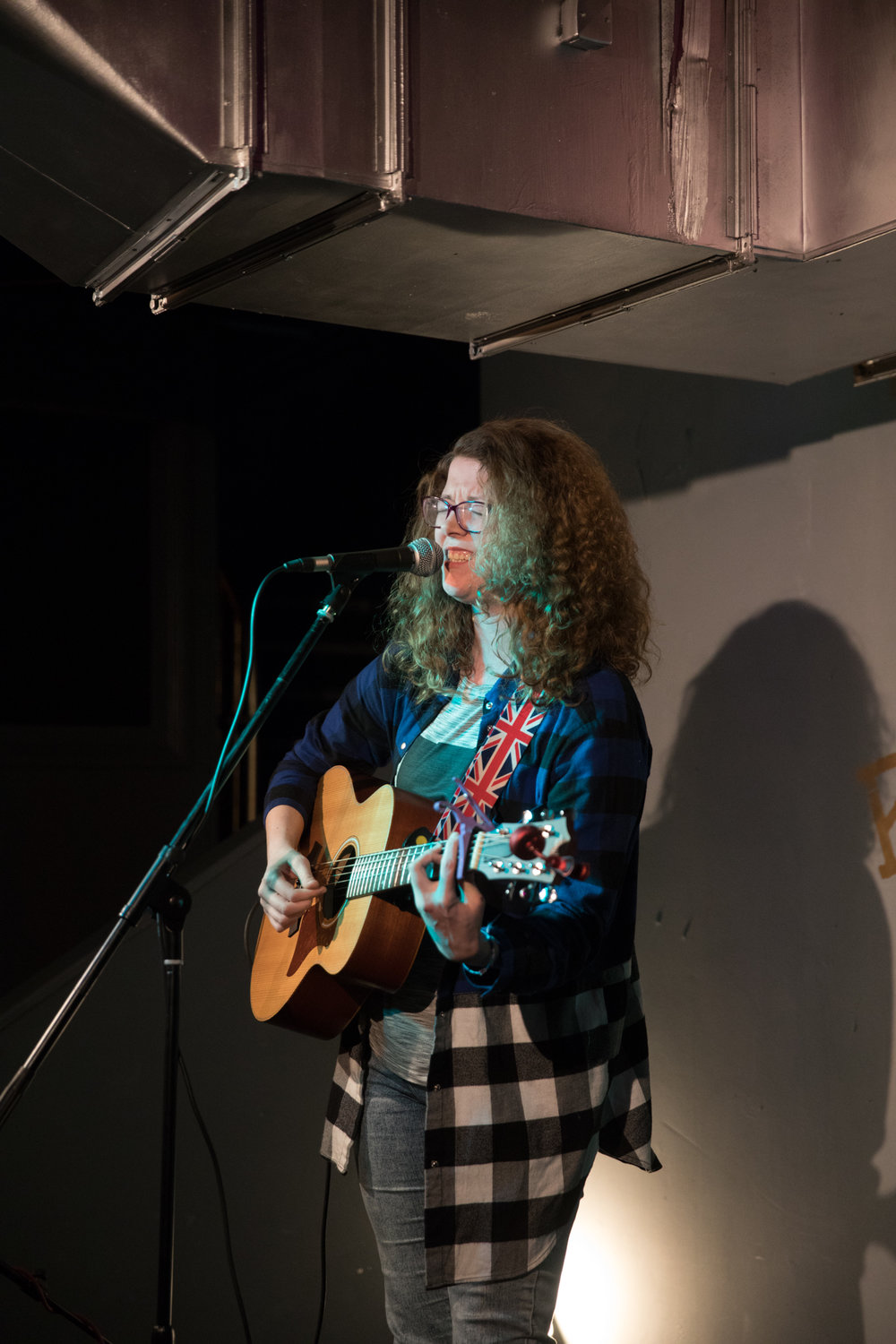 London Open Mic Night Chloe Ray Long Island Photographer-61.jpg