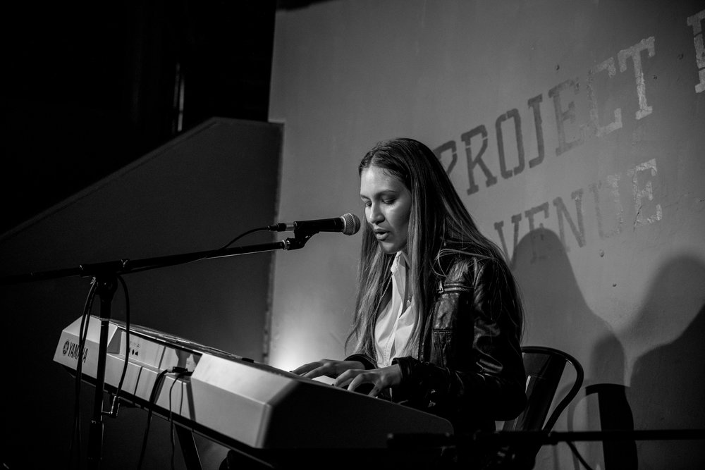 London Open Mic Night Chloe Ray Long Island Photographer-67.jpg