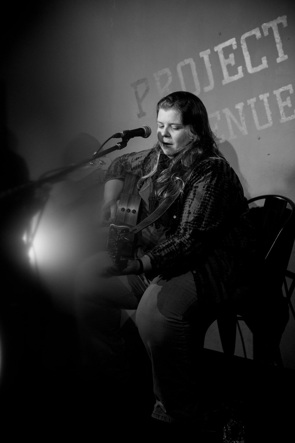 London Open Mic Night Chloe Ray Long Island Photographer-76.jpg