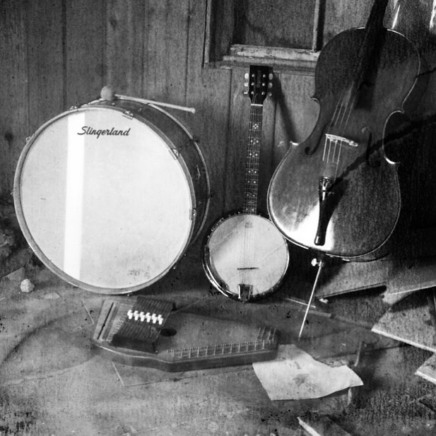 Tools of the trade #autoharp #cello #sixstringbanjo #bassdrum  Remixes by American Horror Story @cesardavilairizarry and Elouise coming April 20th on iTunes and cdbaby. #transmigration #blugrassmusic #blackgrass #elouise #altbluegrass #illflyaway #johnnycash #ringoffire #americanamusic #vintagerecord #americanhorrorstory #ramshackle #americanastyle #stage #earlscruggs #drumlife #cellolife #slingerlanddrums #slingerland