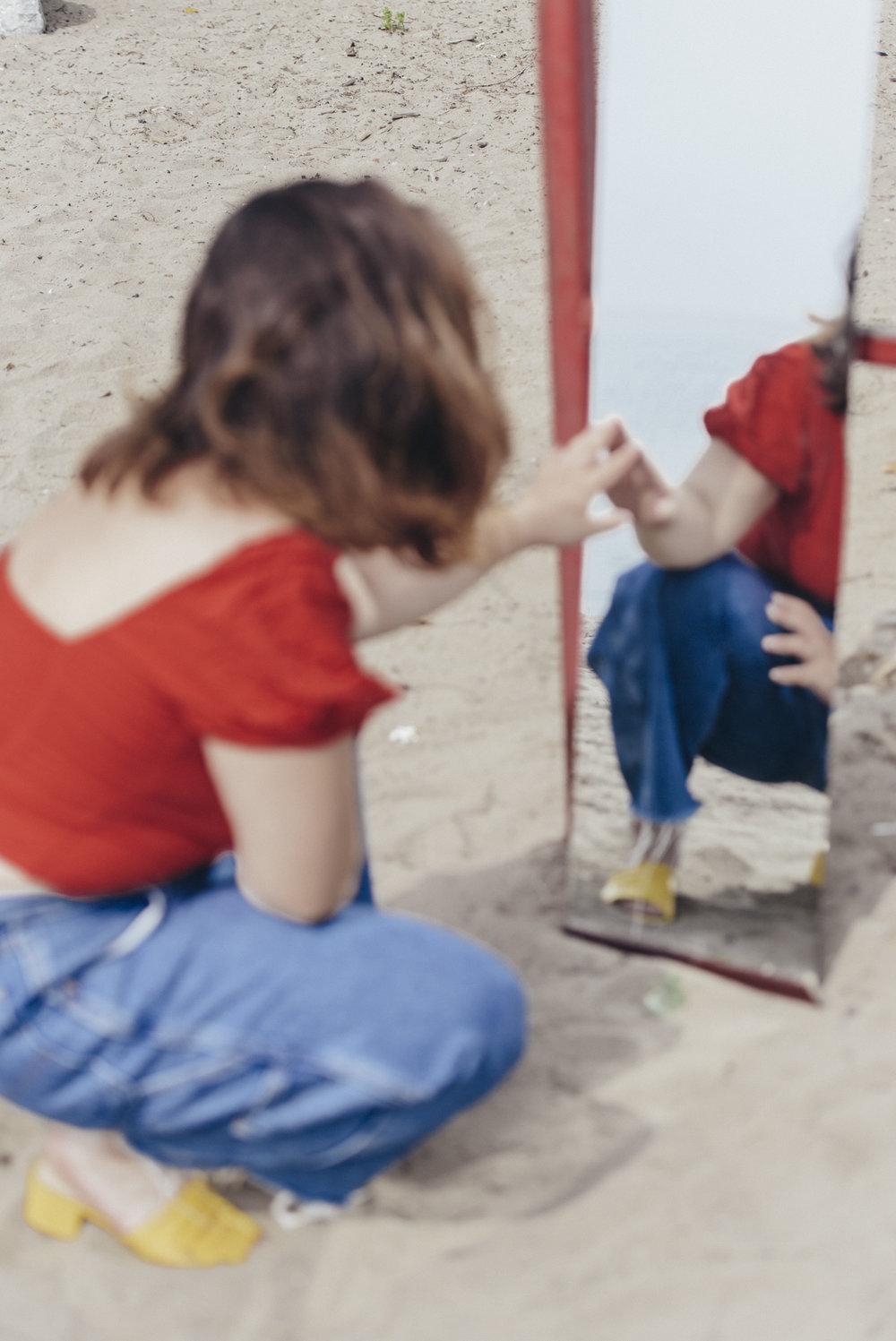 180801-Beach+Mirrors-CassRudolph--28.jpg