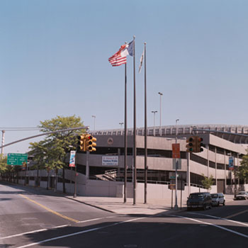 YANKEE STADIUM GARAGE   Bronx, New York 1205 Car Spaces