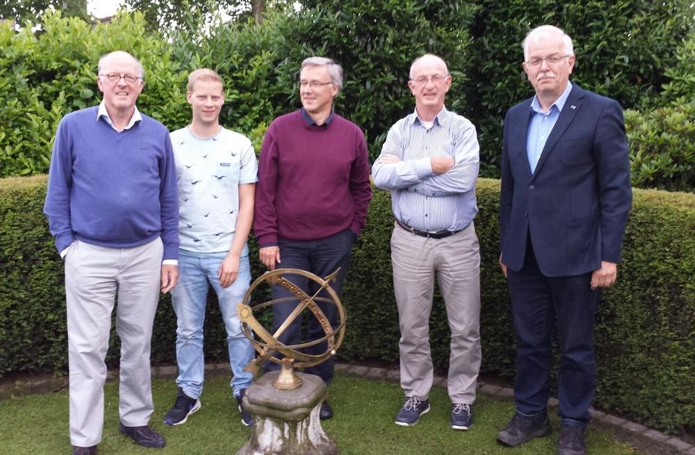 Ad Schreppers, Jesper Borsje ,  Hans de Mare,  Peter van Kesteren en  Gerrit van Stempvoort