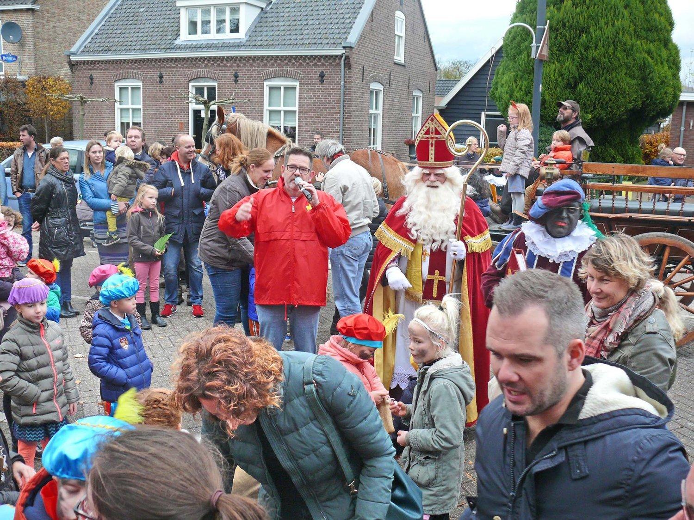 Foto S Intocht Sinterklaas Zondag 20 November 2016 Wijkraad Stiphout Warande