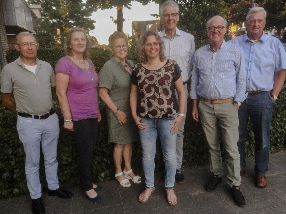 Van links naar rechts: Fons Crooijmans, Conny Pelzer, Trees Clarijs, José van Griensven, Hans Jansen, Ad Schreppers, Henk Vermeulen