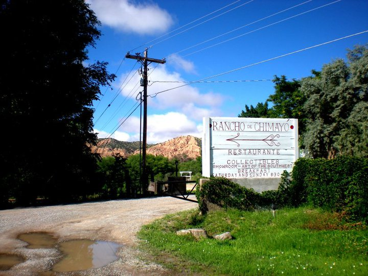 Sign at the entrance of Rancho de Chimayo