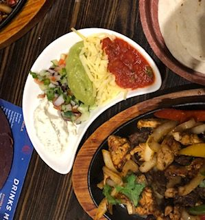 Eat Around Tonbridge El Mariachi fajitas 2.jpg