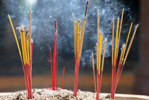 8050incense_sticks