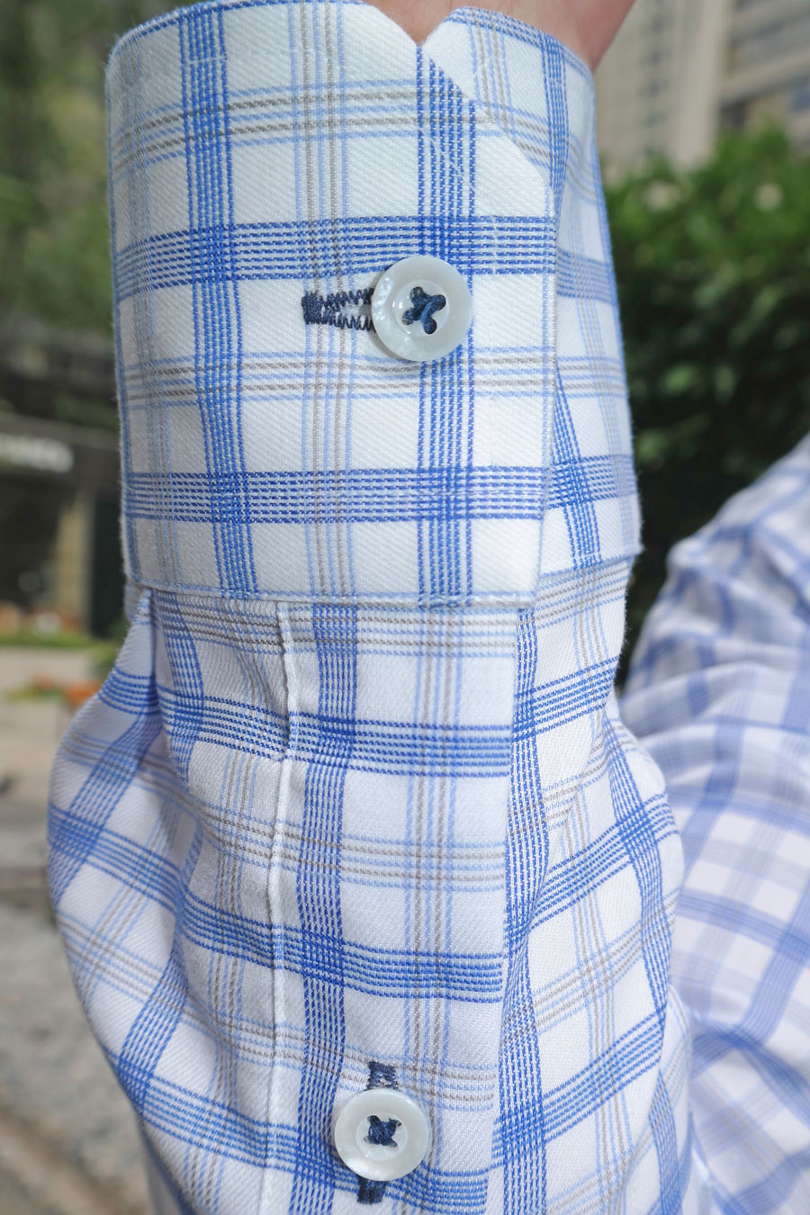 Blue-Grey-Bold-Check-With-Blue-Buttonholes-Custom-Shirt-By-Balani-chicago-900.jpg