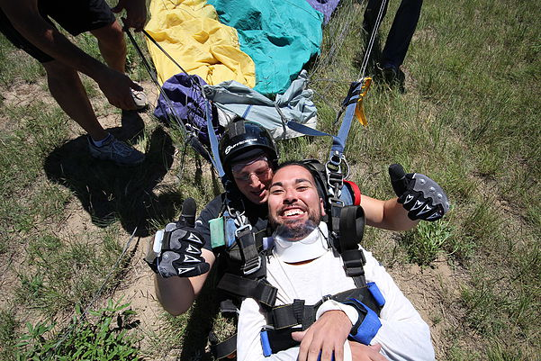 joseph-akmakjian-skydive