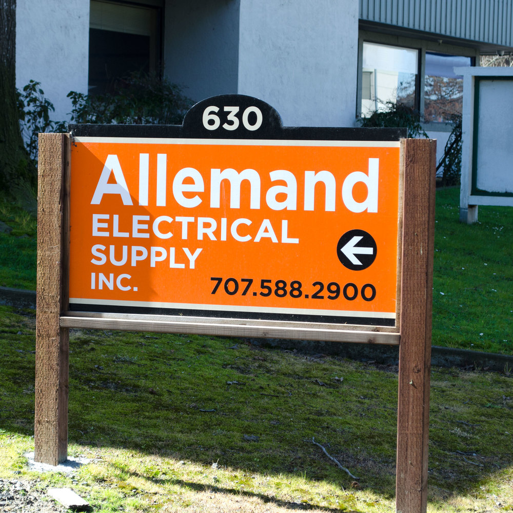 Allemand Front Sign