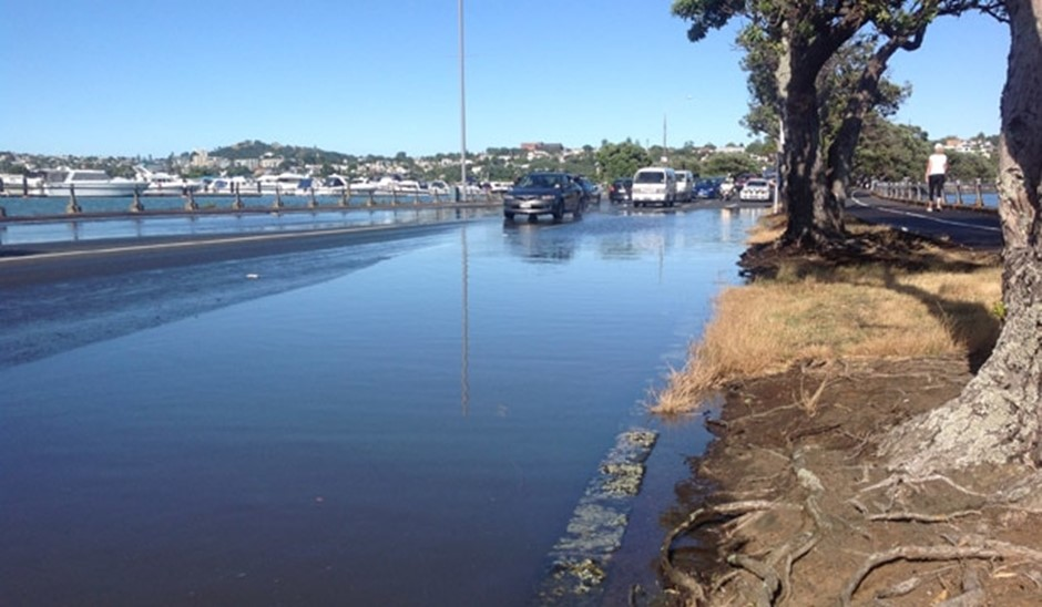 Image: Flooding caused by king tide (Source: Fairfax Media)