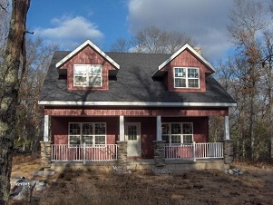 01 - 125 South Street Crivitz Wisconsin Real Estate New Home Cabins Up North Realty.jpg
