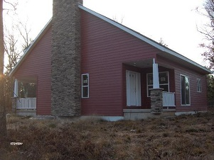03 - 125 South Street Crivitz Wisconsin Real Estate New Home Cabins Up North Realty.jpg