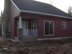 04 - 125 South Street Crivitz Wisconsin Real Estate New Home Cabins Up North Realty.jpg