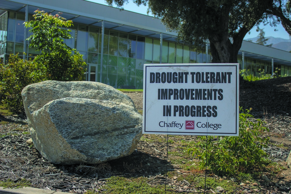 An informative drought sign sits outside the administrative building i the Rancho Cucamonga campus. Photo taken Aug. 5 by Michelle Caldera.