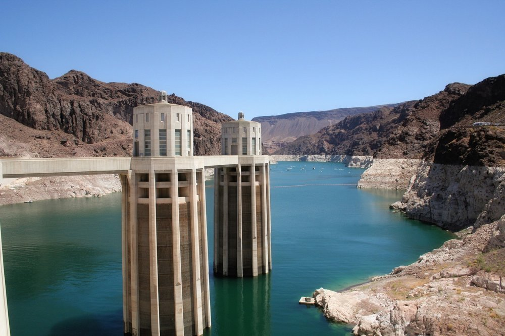 View of the Hoover Dam's towers over the Colorado River
