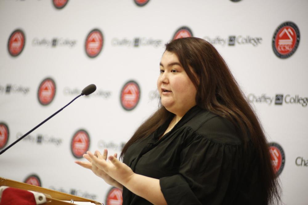 "Mylinda Carillo stating, ""We can use [warehouses] for homeless shelters.""  Photo Courtesy: Sid Suarez Sr."