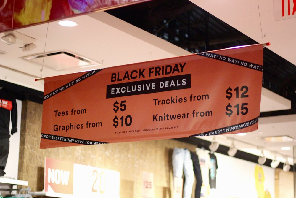 Cotton On's Black Friday promotions and sales. Photo by Paris Barraza