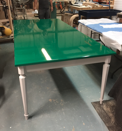 dunesandduchess-custom-dining-table-green-interiorgilt.png