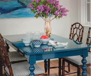 dunesandduchess-diningtable-chappy-customblue.png
