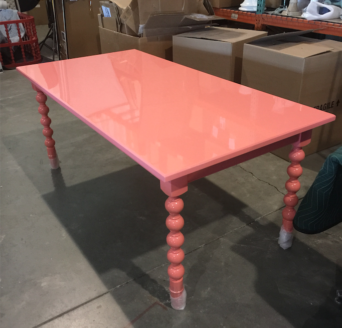 dunesandduchess-diningtable-chappy-pink.png