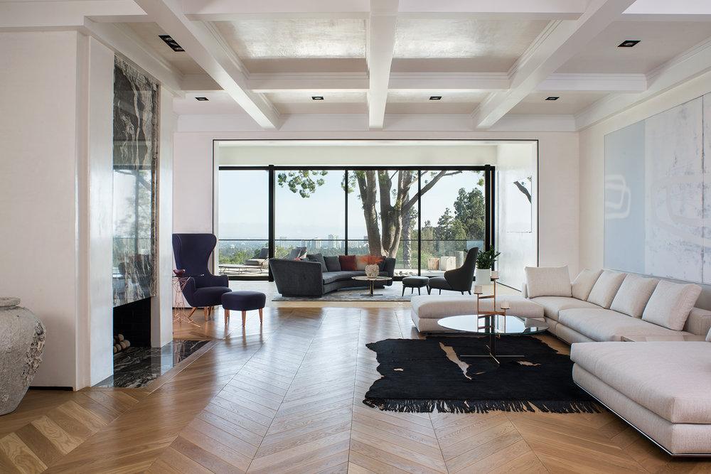 LuxuryMagazine_TowerGrove_LivingRoomToView_Meghanbob_WEB.jpg