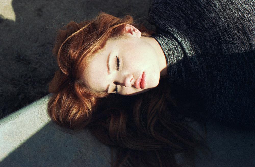Aritzia---Debby-Ryan-(9).jpg