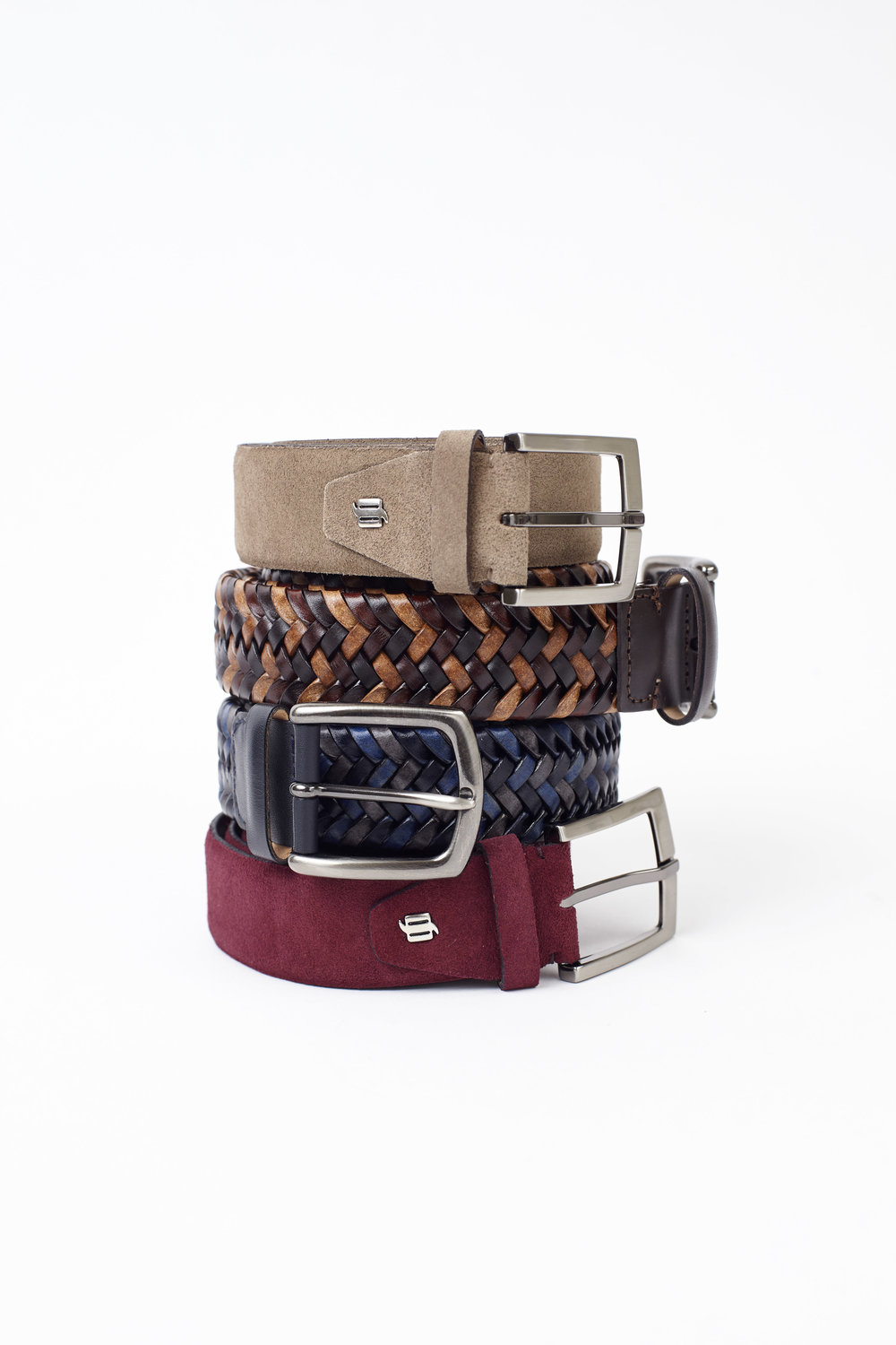 Our selection of belts range from formal traditional tones to casual and colorful.