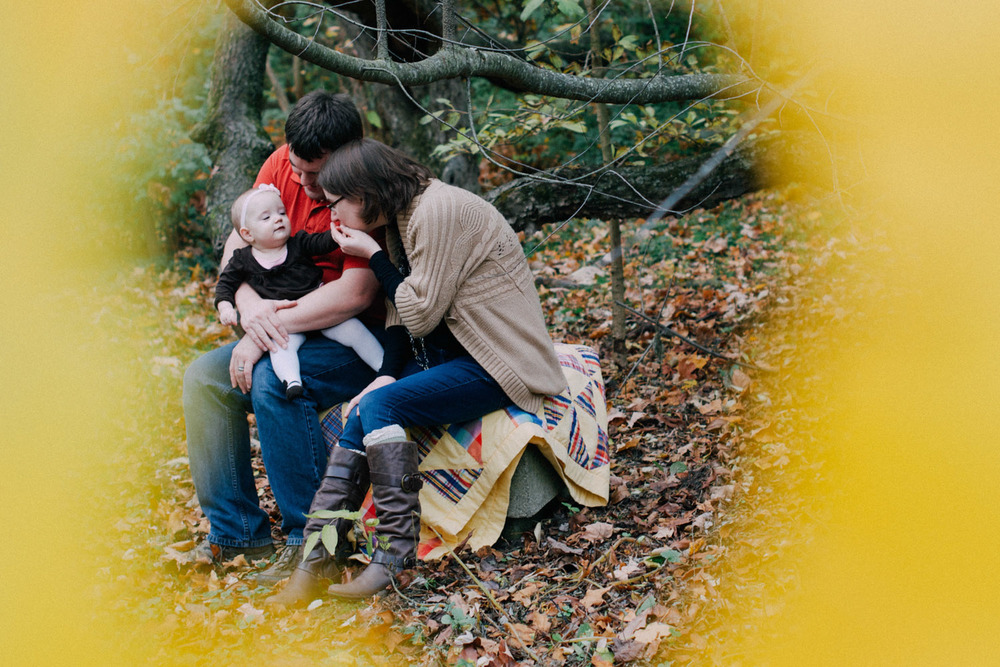 Again We Say Rejoice Photography - Autumn Family Photo Session (6 of 19).jpg