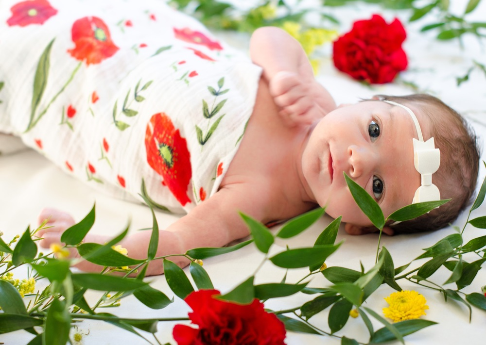 Newborn Flower Photography (1 of 1).jpg