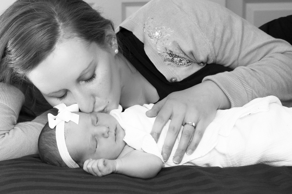 Newborn In-Home Photography Session (15 of 18).jpg