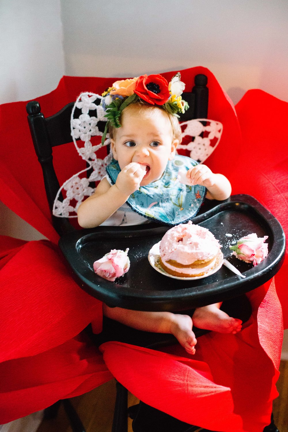 One Year Old Girl Thumbelina Party (18 of 45).jpg