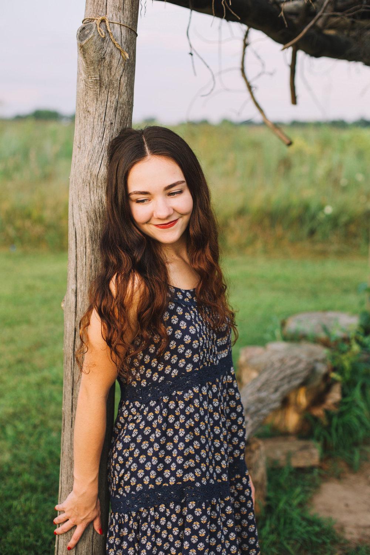 Erin Locke Senior Photos by Again We Say Rejoice Photography (53 of 129).jpg