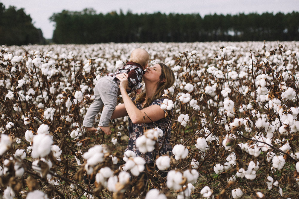 Cotton Field Maternity 17 Weeks  (9 of 28).jpg