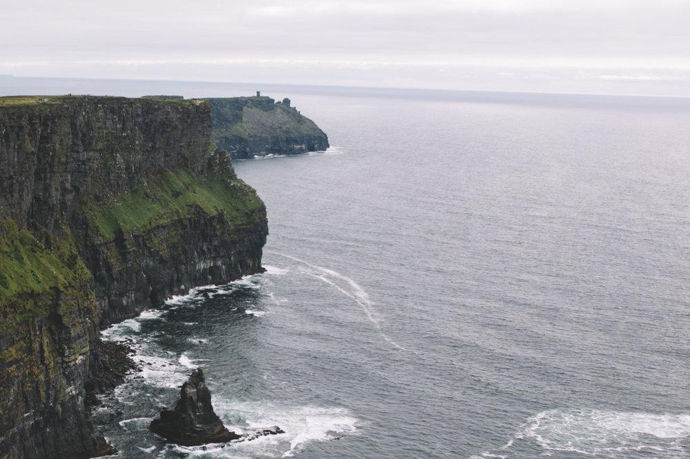 10 Tear Anniversary Trip - Aran Island Inis Orr Cliffs of Moher  (87 of 96).jpg