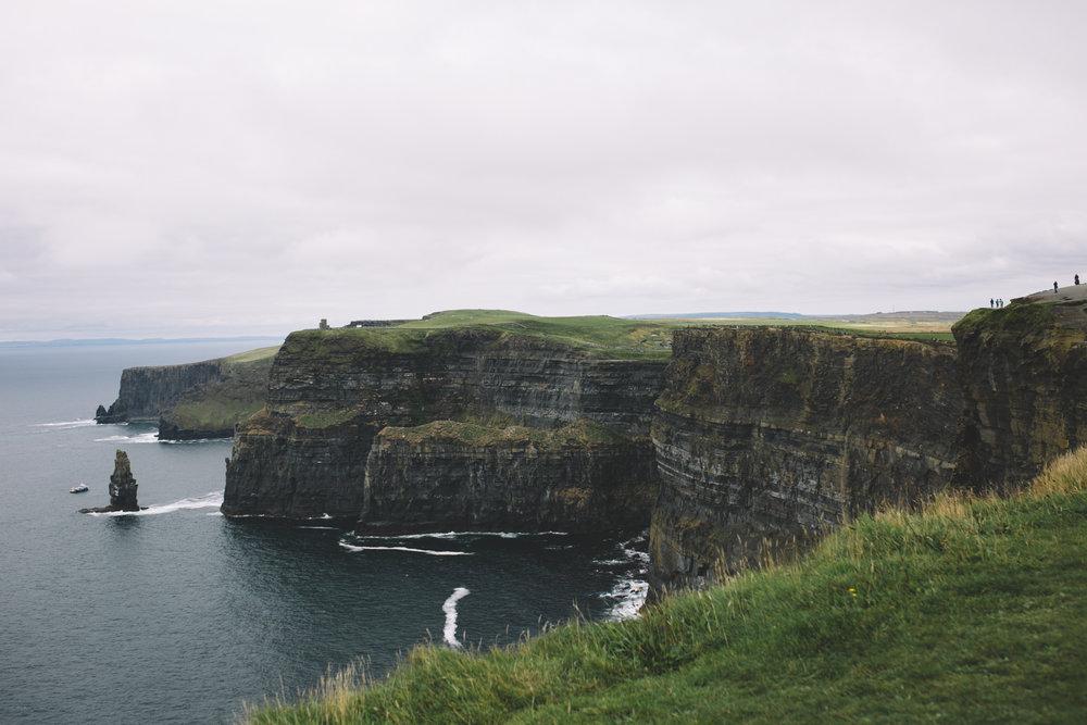 10 Tear Anniversary Trip - Aran Island Inis Orr Cliffs of Moher  (85 of 96).jpg