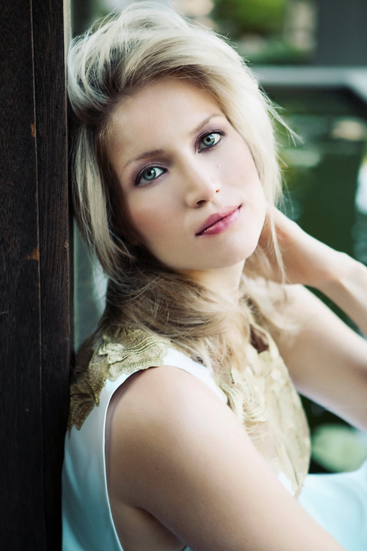 Gabriela Martinez, piano