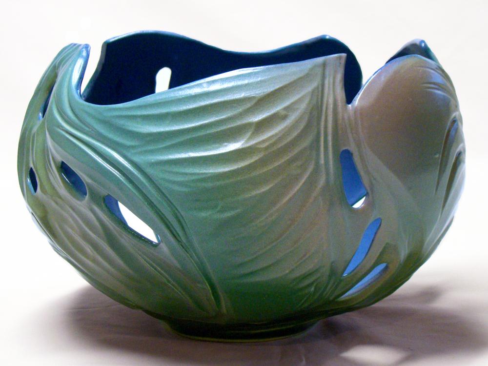 carved_sculptural_vessel.jpg