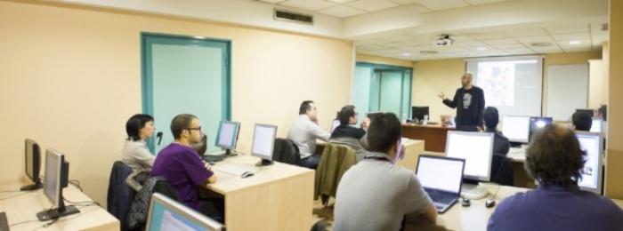 College_Classroom_Management | Professor_teaching | chrisjhallsc.com