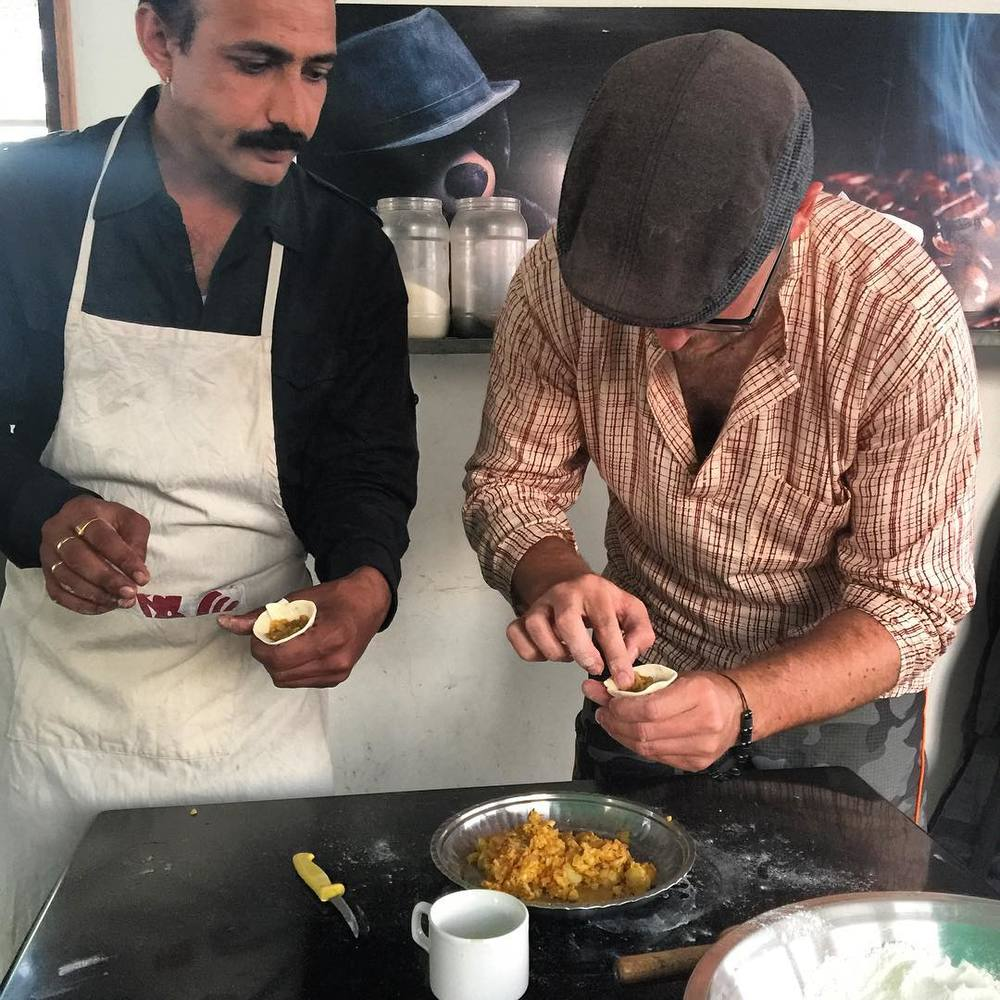 Learning to cook samosas in Udaipur! #travel #rajasthan #india #cooking #indianfood (at Udaipur City, Rajasthan, India)