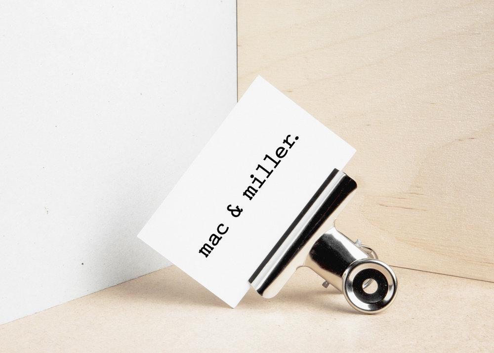 Businesscard_Mockup_bulldog_clip.jpg