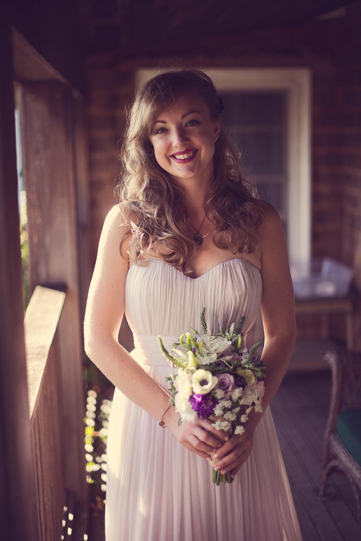 bride wedding smile flowers bouquet pretty THPHOTO