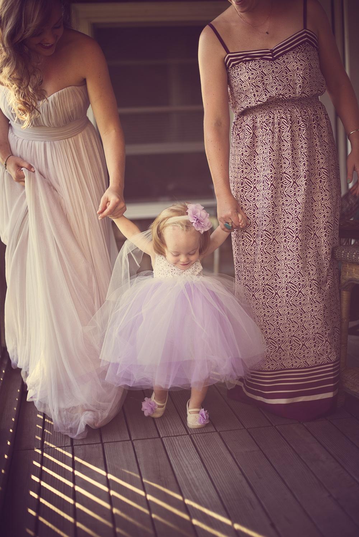 bride wedding niece smile child flower girl THPHOTO
