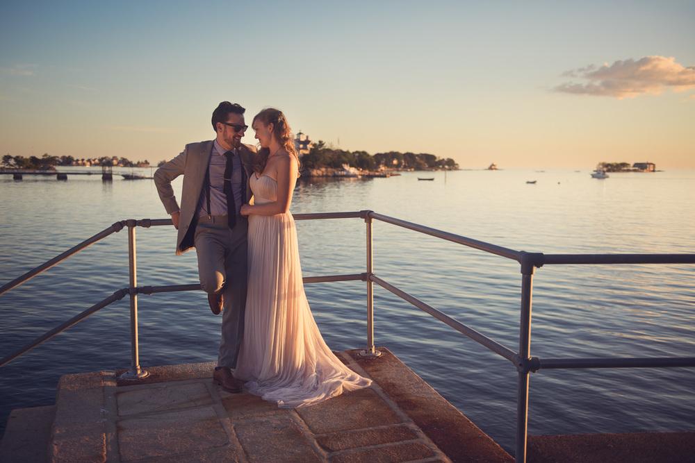 bride groom portrait sunset wife THPHOTO New England Connecticut ocean coast picturesque