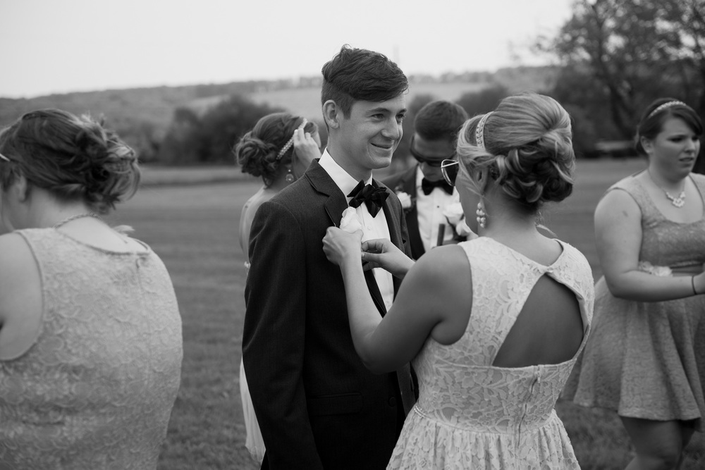 groomsmen bridesmaid tux tuxedo boutineer