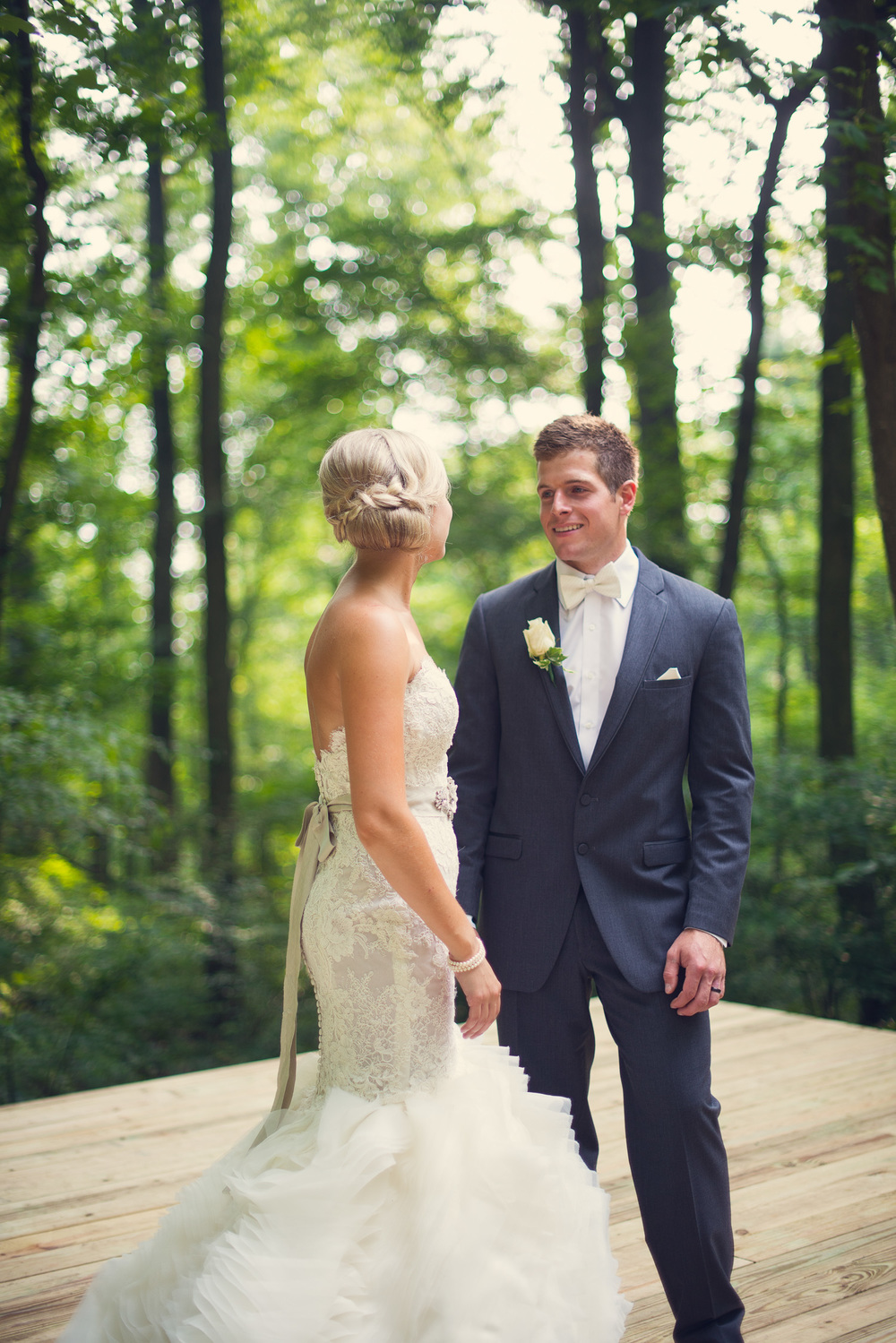 classis bride groom suit forest background